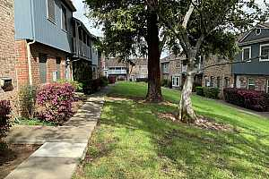 More Details about MLS # 221017031 : 4018 KNOLL TOP COURT