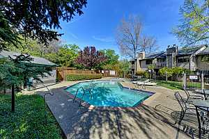 More Details about MLS # 221031489 : 662 DOROTHY WAY #40