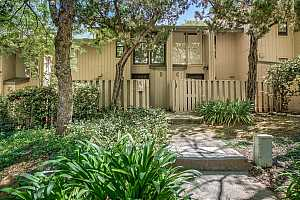 More Details about MLS # 221046576 : 13057 LINCOLN WAY #D