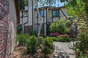 More Details about MLS # 221048041 : 2528 EXETER SQUARE LANE