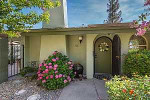 More Details about MLS # 221118972 : 102 TOUCHSTONE PLACE