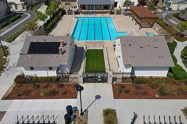 Photo #8 Cannery common amenity pool