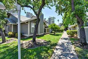 LAKESIDE TOWNHOMES Condos for Sale
