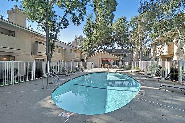 Photo #9 Southland Village common area facilities include the pool, spa and clubhouse.